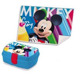 Mickey uzsonnás doboz kéztörlővel