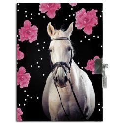 Lovas napló kulccsal 21*15 cm, virágokkal